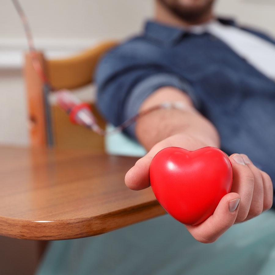 125_Blog_donate-blood